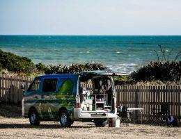 Nowa Zelandia van camping ocean